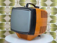 Koerting Neckermann Vintage Space, Vintage Tv, Mini Tv, Vintage Television, Box Tv, Pop, Home Appliances, Retro, Wilde