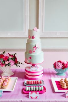 she placed the cake stand on top of a cake dummy wrapped in ribbon - cute! mint and pink wedding cake by The Sugared Saffron Cake Company Dot Cakes, Fondant Cakes, Cupcake Cakes, Beautiful Cake Pictures, Beautiful Cakes, Dessert Bars, Dessert Tables, Saffron Cake, Mint Desserts
