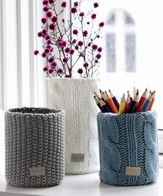 Risultati immagini per riciclo vecchi maglioni di lana