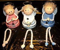 Crafts and decorating - angels made of clay pots Handicrafts and decorating – angels made of clay pots, not only a great craft idea for Christmas. Clay Crafts For Kids, Crafts For Seniors, Clay Pot Crafts, Christmas Crafts For Kids, Diy For Kids, Holiday Crafts, Easter Crafts, Felt Crafts, Christmas Clay