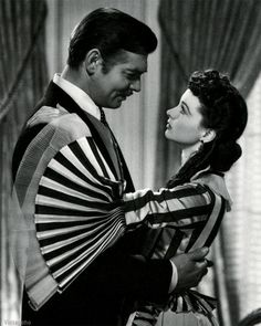 Clark Gable & Vivien Leigh by Clarence Sinclair Bull (1939)!  love this pic and love that sleeve :) ....