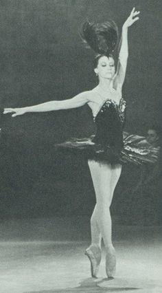 """Maya Plisetskaya, ballerina, in """"Swan Lake"""""""