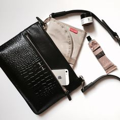 The perfect 'grab-n-go' with baby for quick trips... Our Farah Crossbody in smooth & croc effect leather  Comes complete with mini travel mat which slips neatly into the back pocket leaving plenty of room in the main pocket for wipes and a couple of nappies. Finally the front zip pocket stores (and separates!) all your mama essentials   #Farah #jemandbea #jemandbeabrood #handsfree #nonmaternitymaternity #luxbabybags by jemandbea