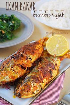 Dapur Mama Aisyah: Ikan Bakar / Panggang Pedas dengan Teflon (Pan-Grilled Fish with Chili Coconut Sauce)