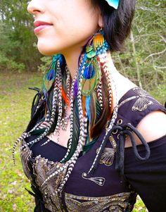Pendientes de la reina gitana larga pluma por FeatherPixie en Etsy
