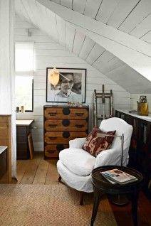 An attic studio would be fabulously cozy. skona hem