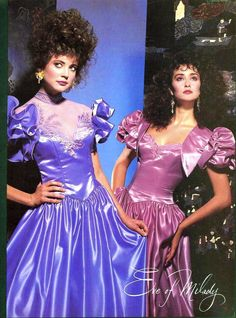 Love the color of the dresses. Feb/Mar 1986 Brides Magazine Source by shirleysaulsberryaewo outfits Vintage Prom, Vintage Dresses, Vintage Bridal, 90s Prom, 80s And 90s Fashion, Fashion Outfits, The Wedding Singer, Prom Photos, 1980s Dresses