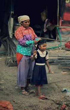 Mother And Child, Mothers, Captain Hat, Portraits, India, Country, Children, Hats, Style