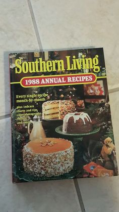 Southern Living Annual Recipes, 1988 by Southern Living Editors (1988,...