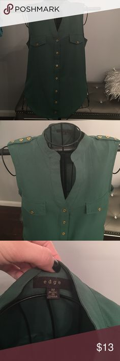 Green and Gold Sleeveless Blouse by Edge Green and Gold (buttons) Sleeveless Blouse by Edge NEVER WORN SZ M. Great under fall/ winter Cardigans or Leather Jackets edge Tops Blouses
