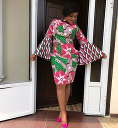 The right picture collection of 2018 latest ankara styles for ladies. Every woman deserves to rock the latest ankara styles of 2018 African Dresses For Women, African Print Dresses, African Print Fashion, Africa Fashion, African Attire, African Fashion Dresses, African Wear, African Women, African Prints