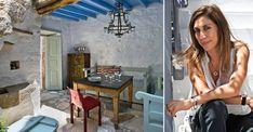 Το κομψό σπίτι της σχεδιάστριας κοσμημάτων στη Χώρα της Πάτμου Samos, Greek, Island, Mirror, House, Decor, Decoration, Home, Mirrors