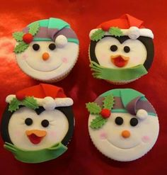 Nice, fairly simple cupcakes for xmas Gallery @ Buttercup Tea & Cakes of Northamptonshire Christmas Themed Cake, Christmas Cupcake Toppers, Christmas Cake Designs, Christmas Topper, Christmas Cake Decorations, Holiday Cupcakes, Fondant Cupcake Toppers, Christmas Desserts, Christmas Treats