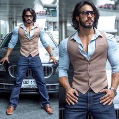 He is a class in his own! His lifestyle reflects his personality . he is flamboyant, ruthless, menacing and dominating! MEET KP -… - Best Fashions for All Mode Masculine, Stylish Men, Men Casual, Casual Outfits, Waistcoat Men, Style Masculin, Men With Street Style, Herren Outfit, Hommes Sexy
