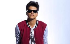 Bruno Mars Damn he can sing!