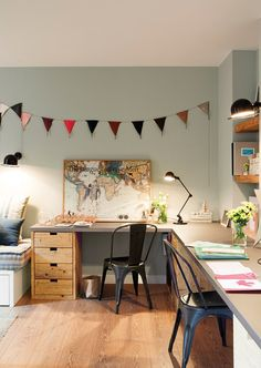 Do you want too have home office with rustic style looks modern? Here our team provide rustic farmhouse home office design ideas for you. Creative Office Space, Home Office Space, Home Office Design, Desk Space, Craft Room Decor, Home Decor, Rustic Home Offices, Modern Rustic Homes, Guest Room Office
