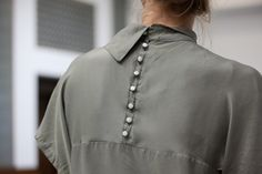 Back | Grey | Buttons...collar...
