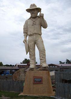 File:Big Miner at Ballarat. Iconic Australia, Victoria Australia, Australia Travel, Eureka Stockade, Statues, Tourist Trap, Gold Rush, Ghost Towns, Big Island