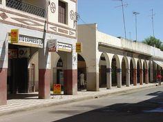 Alcazarquivir 035- trasera del mercado y parada de autobuses la escañuela y la valenciana