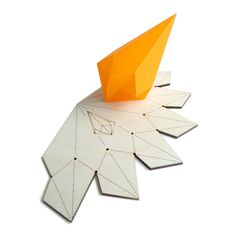 Template for making gems - clever! Origami Lights, Origami Lamp, Origami Paper, Cardboard Sculpture, Cardboard Paper, 3d Paper, Geometric Origami, Geometric Shapes, 3d Templates