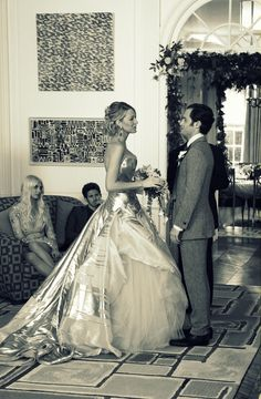 good lord, that's all I have to say about Gossip Girl! what a fabulous dress