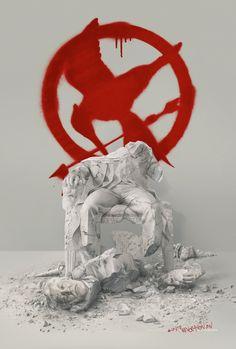 Abajo con el Capitolio!  #LJDH #SinsajoParte2 http://www.TheCapitol.PN  #UNIROS http://www.revolution.pn/