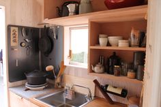Eco Kitchen|自給自足台所 中村好文 Japanese Interior, Home Again, Forest House, Small Living, Bathroom Medicine Cabinet, Home Kitchens, Liquor Cabinet, Tiny House, Kitchen Cabinets