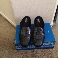 Women's Black patent faux leather heals 2 1/4 Low heel, slip on, worn twice, great condition Rialto Shoes Heels
