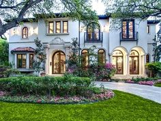 nice If I could ever for real have my dream house.. It would be similar to this... by http://www.homedecorbydana.xyz/home-exterior-design/if-i-could-ever-for-real-have-my-dream-house-it-would-be-similar-to-this/