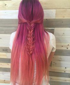 Loving this mermaid color melt! Dark pink/magenta fading to a peach Faded Hair Color, Hair Colour, Color Melting Hair, Bright Hair, Coloured Hair, Mermaid Hair, Ombre Hair, Gorgeous Hair, Pretty Hairstyles