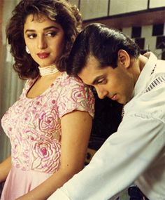 Madhuri Dixit and Salman Khan in Hum Aapke Hain Koun Bollywood Couples, Bollywood Stars, Bollywood Celebrities, Bollywood Fashion, Bollywood Actress, Bollywood Images, Hum Aapke Hain Koun, Salman Khan Wallpapers, Salman Khan Photo