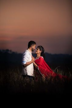 Indian Wedding Couple Photography, Photo Poses For Couples, Wedding Couple Poses Photography, Couple Photoshoot Poses, Girl Photography, Pre Wedding Poses, Pre Wedding Photoshoot, Romantic Photos, Image Hd