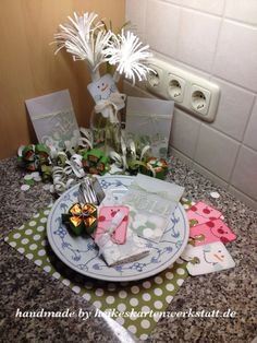Silvester-Dekoration-Video Gif Silvester, Tissue Paper Flowers, Xmas, Christmas, New Years Eve, Origami, Table Decorations, Winter, Holiday