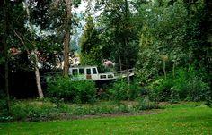 Es fährt ein Schiff..., ... nein nicht nach Nirgendwo, sondern durch den Wald. Im Saarpark in Mettlach. :-)