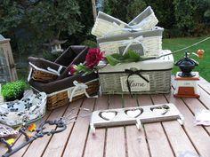 Košíky a košíčky z proutí a látky na uložení drobností Outdoor Furniture Sets, Outdoor Decor, Provence, Picnic, Basket, Retro, Home Decor, Decoration Home, Room Decor