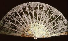 Belgian lace fan. Schön