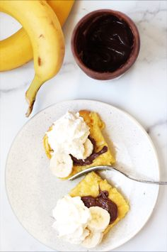 This recipe for the best baked German pancakes is delicious, fluffy, and one of our favorite easy breakfast recipes! Nutella, banana and whipped cream are delicious toppings, but there are endless possibilities. Fruit Pancakes, Crepes And Waffles, Savory Pancakes, Banana Pancakes, Best Cake Recipes, Baby Food Recipes, Cooking Recipes, Dutch Baby Recipe, German Pancakes