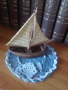 Free pattern little boats free pattern boating and patterns crochet boat on crochet lake dt1010fo