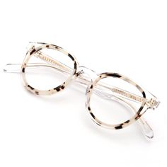 Glasses Frames Trendy, Funky Glasses, Cool Glasses, New Glasses, Glasses Online, Lunette Style, Fashion Eye Glasses, Gold Eyes, Eyeglasses For Women