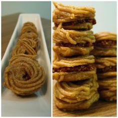 Vánoční RAW cukroví Onion Rings, Raw Vegan, Raw Food Recipes, Waffles, Gluten Free, Cookies, Breakfast, Ethnic Recipes, Desserts
