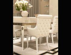 Nella Vetrina Visionnaire IPE Cavalli Esmeralda Luxury Italian Chair