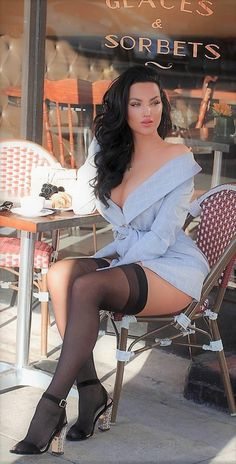 Nylons, Pantyhose Outfits, Garter Belt And Stockings, Sexy Stockings, Celebrity Photoshop Fails, Natalie Halcro, Girls Are Awesome, Girl With Curves, Stocking Tops