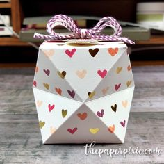 Thank you to everyone who joined me for last night's Weekly Wednesday Facebook Live! Today's project is another Faceted Gift Box that I showed a sneak peek of during last night's broadcast! Here's a side view: And here's a top view: These faceted gift boxes are addicting and they're so easy to make! This box…