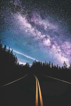 Find images and videos about beautiful, sky and travel on we heart it - the app to get lost in what you love. Tumblr Wallpaper, Night Sky Wallpaper, Cute Wallpaper Backgrounds, Pretty Wallpapers, Galaxy Wallpaper, Nature Wallpaper, Wallpaper Desktop, Girl Wallpaper, Wallpaper Quotes