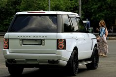 Range Rover storm trooper style