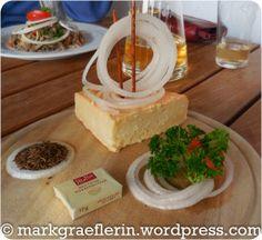 https://markgraeflerin.wordpress.com/2015/06/17/nordic-walking-und-ein-besuch-in-berners-straussi-in-mauchen/