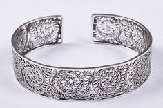 925 Solid Sterling Silver Bangle Stylish Jali Work Easy to Sizable Cuff Bracelets, Bangles, Traditional Design, 30th, Jewelry Watches, Sterling Silver, Stylish, Easy, Handmade