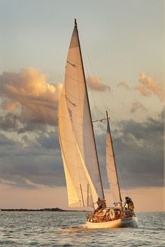 themindscanvas: Sailing Cape Cod by Betty Wiley