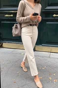 All beige outfit - Winter Outfits Winter Mode Outfits, Winter Dress Outfits, Casual Work Outfits, Winter Fashion Outfits, Work Casual, Classy Outfits, Chic Outfits, Casual Chic, Trendy Outfits