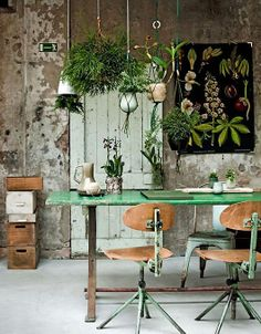love the color pallet and the greenery!